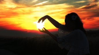 sun_in_my_hands_by_bokayeh-d54pbna