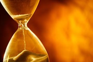 Hourglass-shutterstock_208770109-e1440429398143