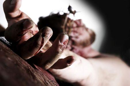 Crucifixion-56a1482f3df78cf77269270c