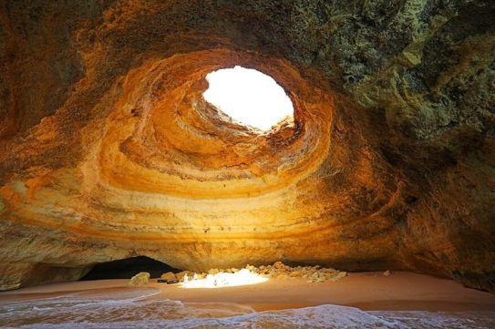 Benagil-cave-in-Algarve-Portugal-878x585.jpg.optimal